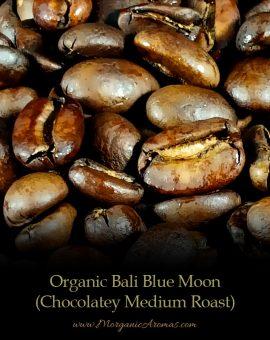 Organic Bali Blue Moon Medium Roast, Vanilla-Like Coffee